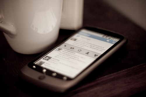 Twitter_on_Phone