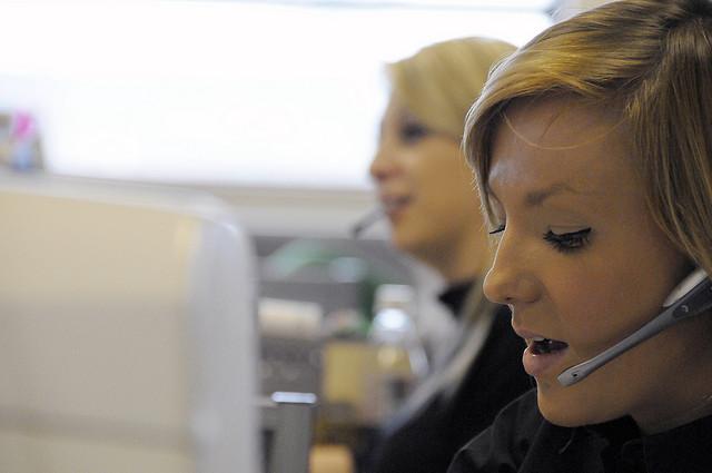 callcenter ladies