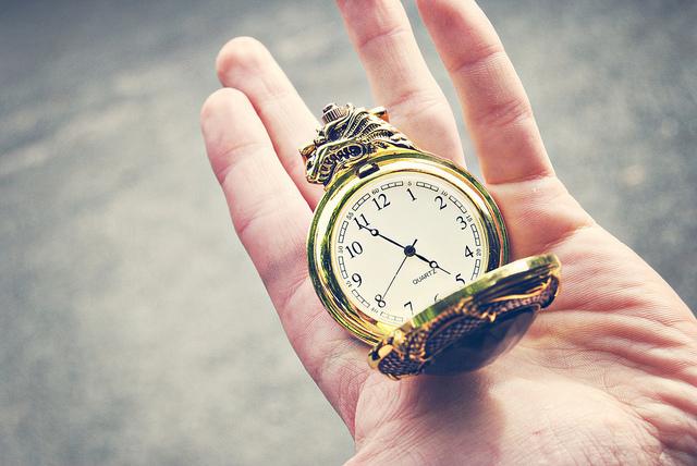 insomnia vs clock